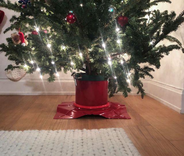 Santas Solution Christmas Tree Stand