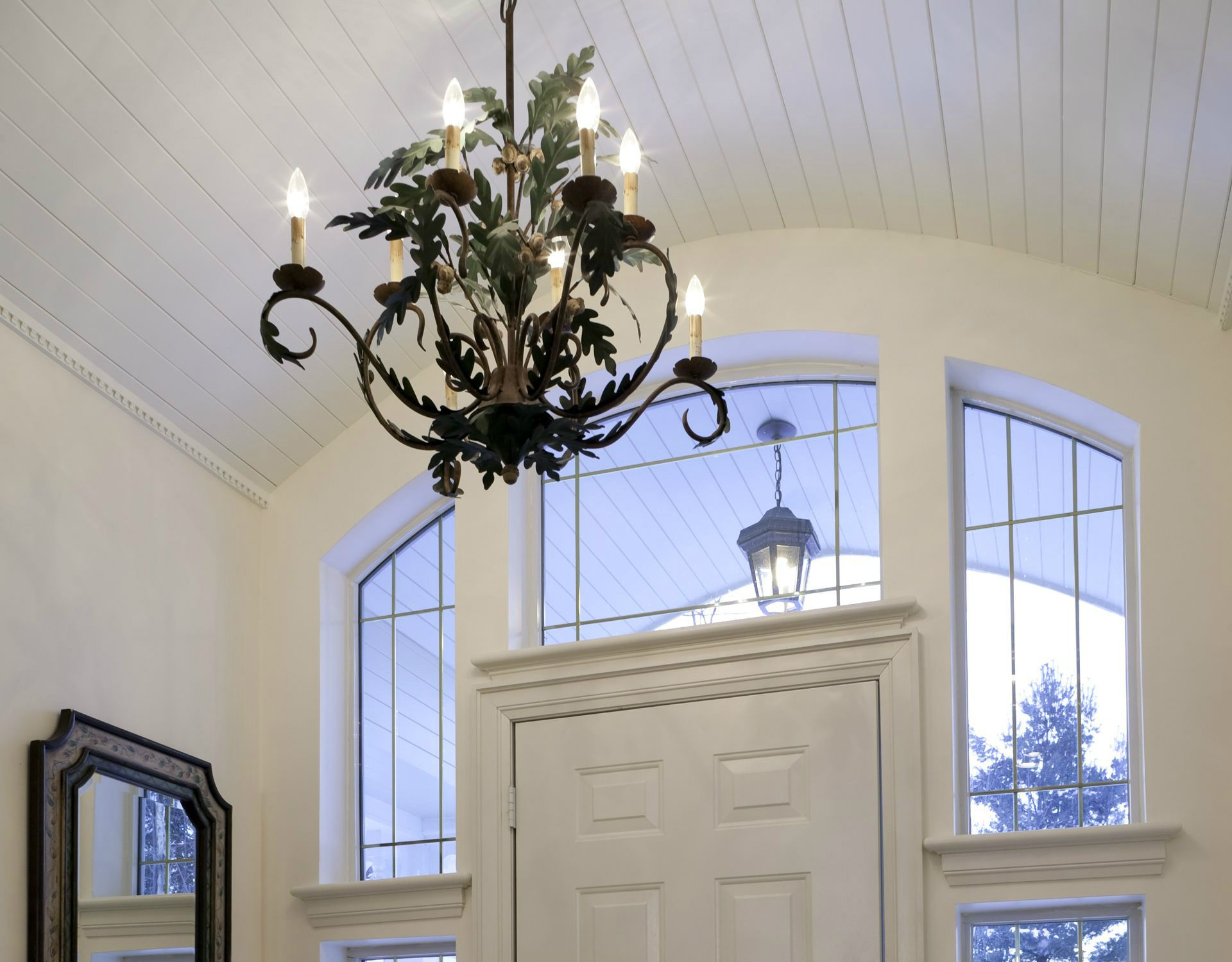 choosing and positioning a foyer chandelier