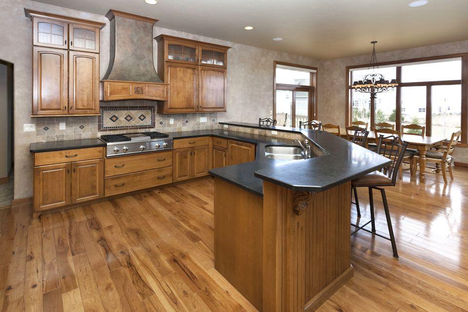 How to Choose the Best Colors for Granite Countertops on Dark Granite Countertops  id=28293