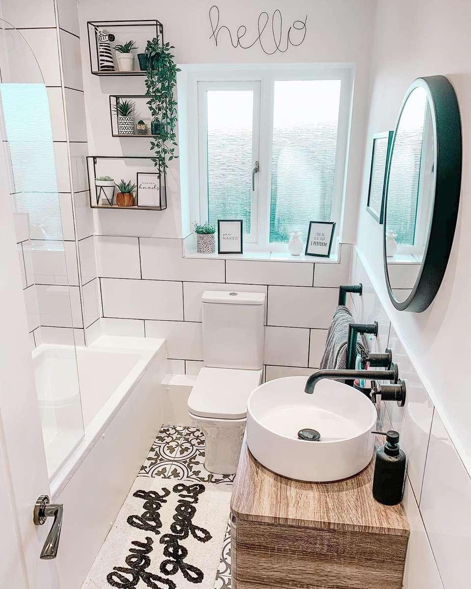 17 Stunning Bathroom Tile Ideas on Floral Tile Bathroom Ideas  id=42318