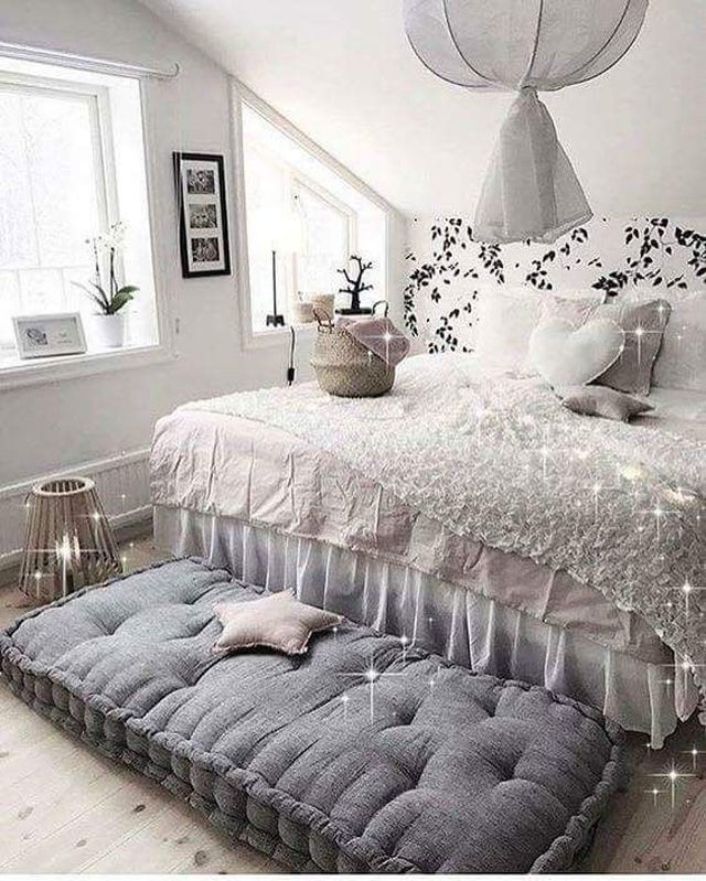 22 Cool Room Ideas for Teens on Room For Girls Teenagers  id=49110