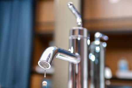 how to repair a leaky delta faucet