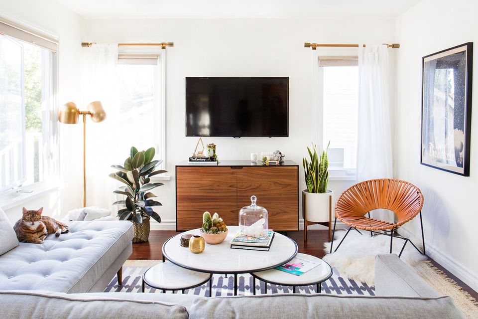 15 Simple Small Living Room Ideas Brimming With Style on Room Ideas Simple  id=32497