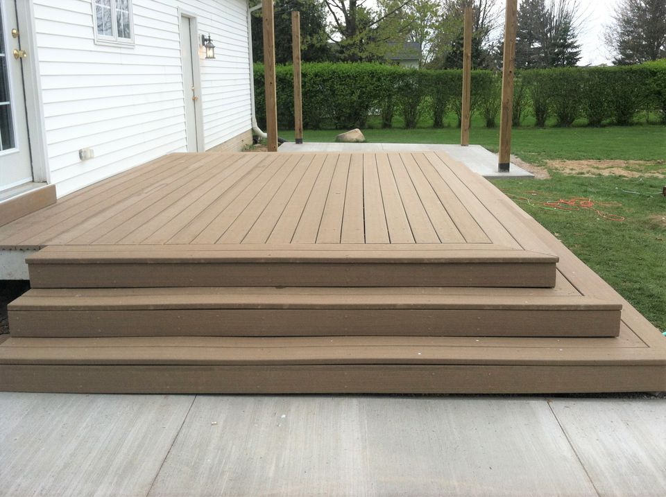 10 Creative Small Deck Ideas for Your Inspirations on Simple Back Deck Ideas id=30912