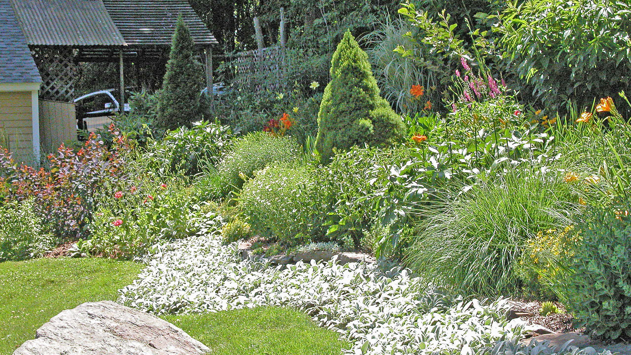 Steep Hill Backyard Landscaping Ideas - Home Design Ideas on Steep Hill Backyard Ideas id=32148
