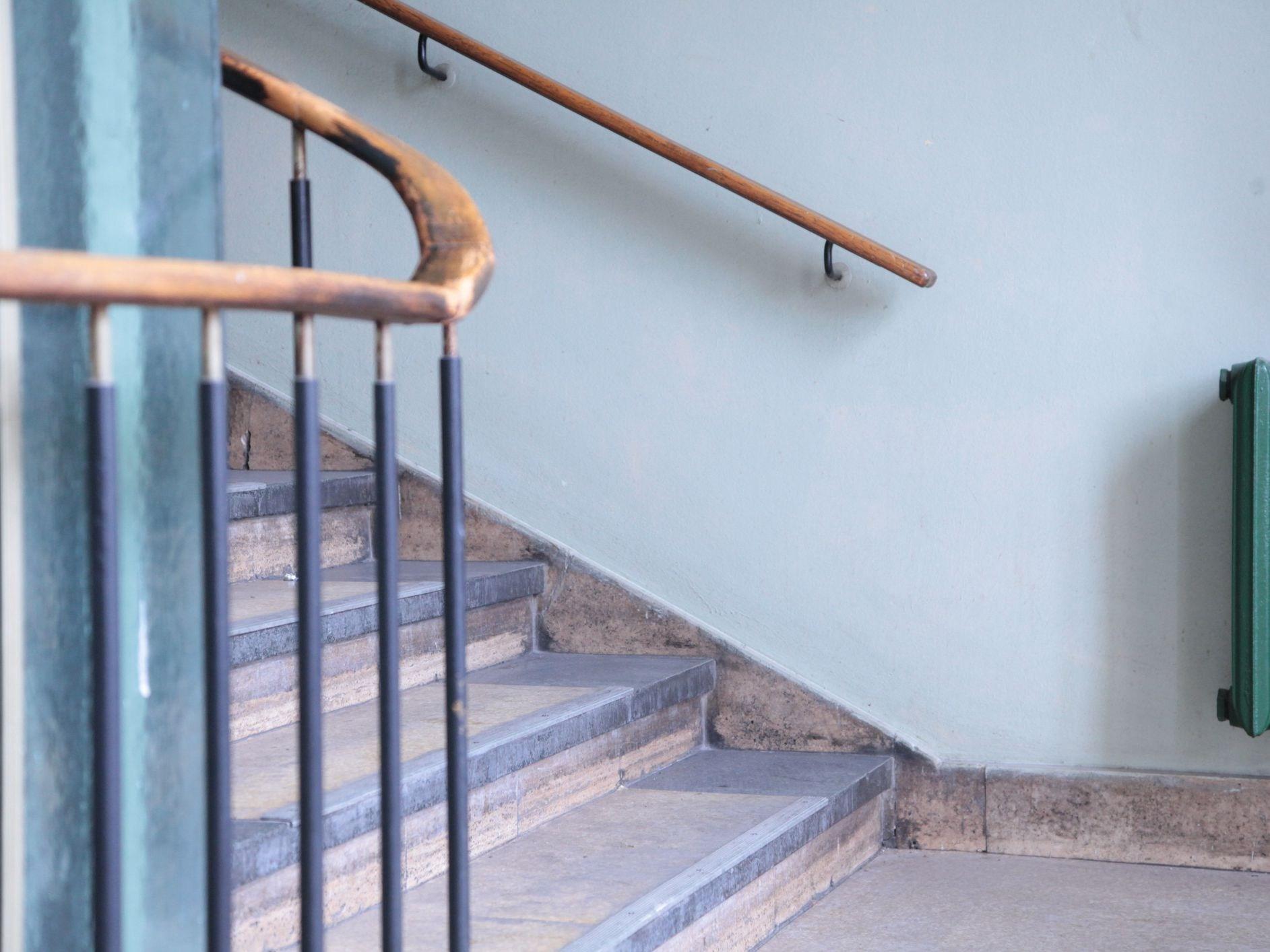 Stair Railing Building Code Summarized | Wooden Handrail For Garden Steps | French Door Garden | Garden Stair | Landscape | Outside Step | Outdoor Near Me Step