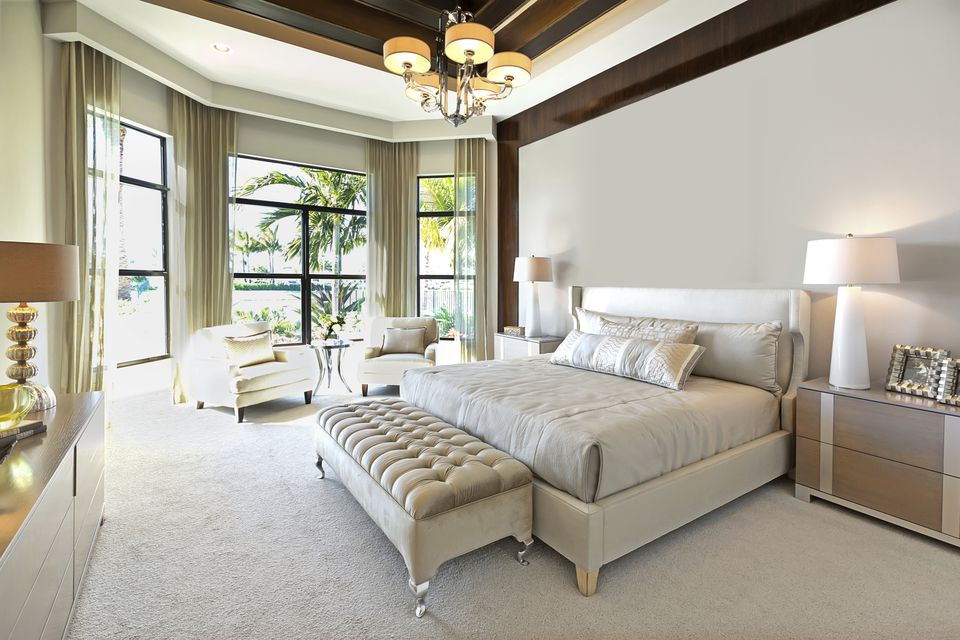 Why Carpet is Better Than Hardwood for Bedrooms on Best Master Bedroom  id=16630