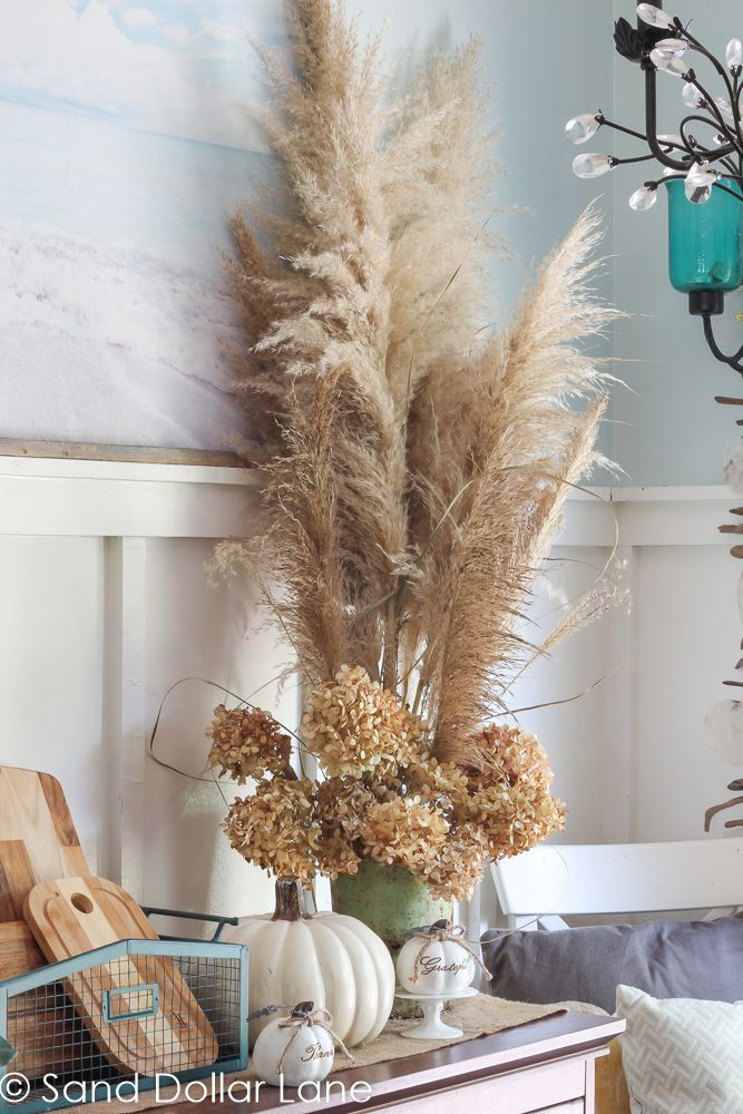 11 Ways To Decorate With Pampas Grass