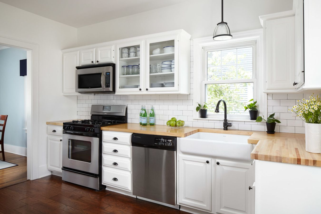16 Modern Kitchens With Butcher Block Countertops on Kitchen Counter Decor Modern  id=67662