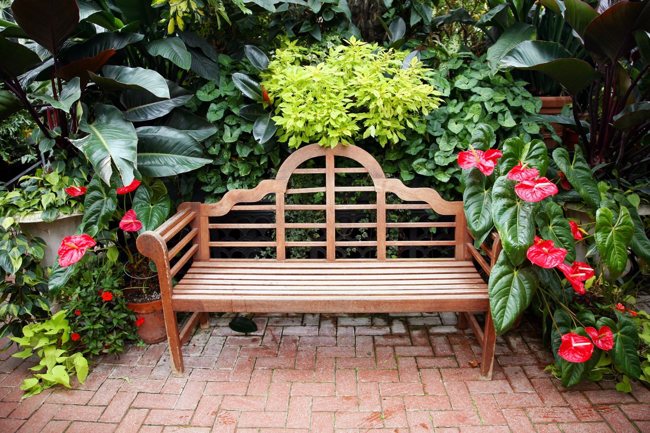 12 Great Brick Patio Designs on Backyard Brick Patio id=49167