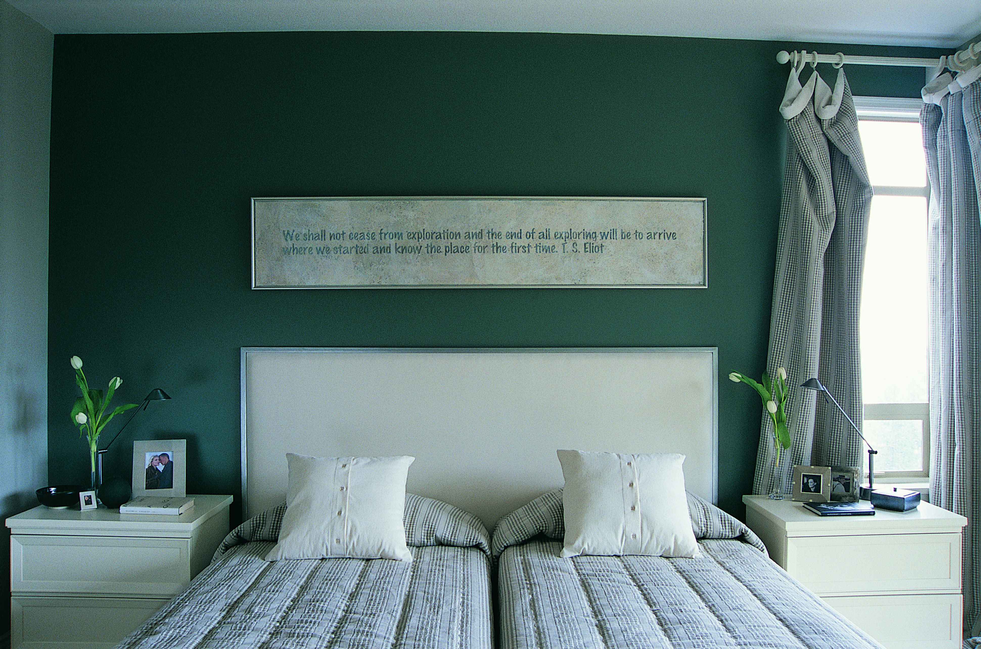 green bedroom photos and decorating tips