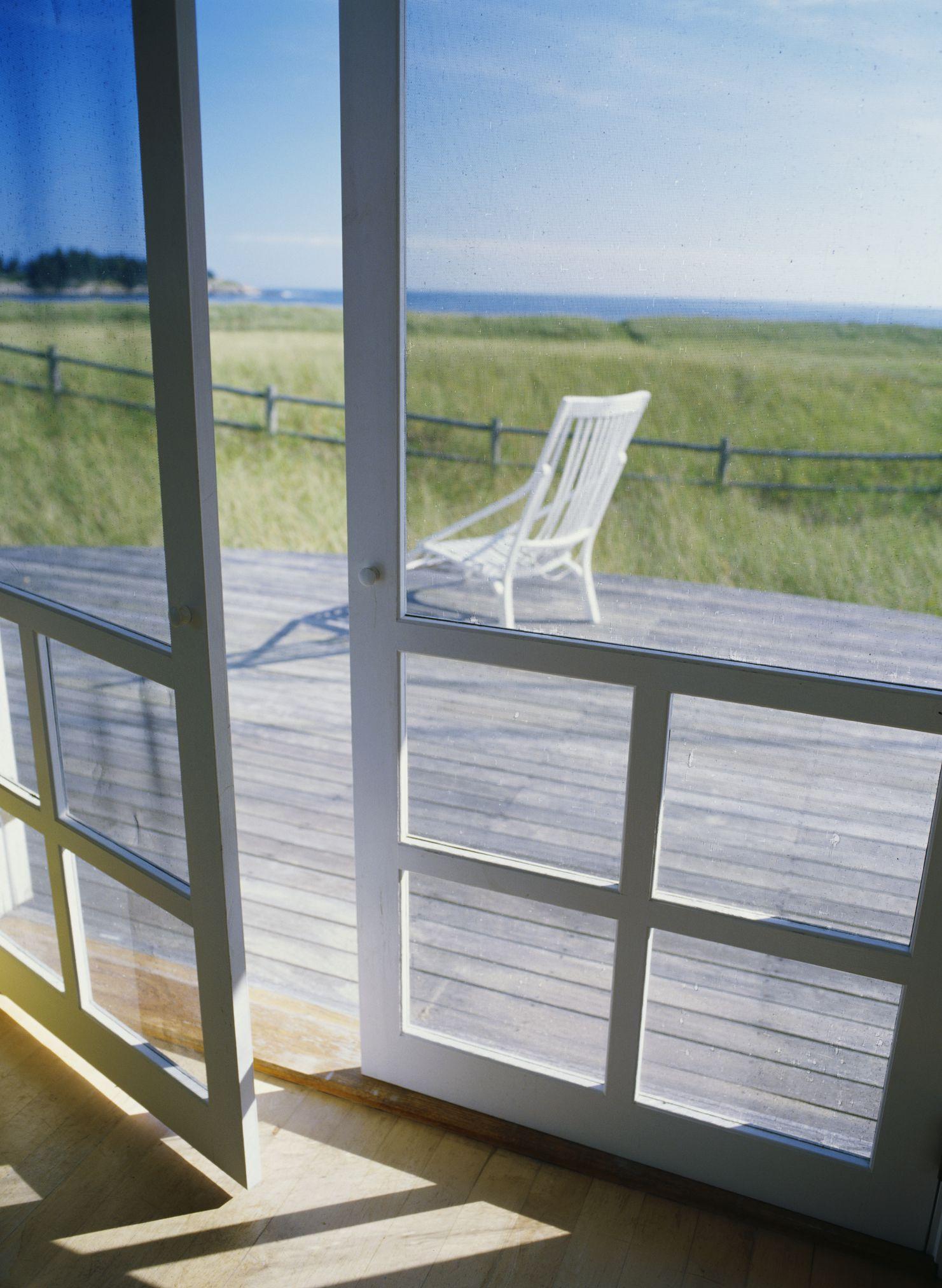 Screen Porch Interior Images