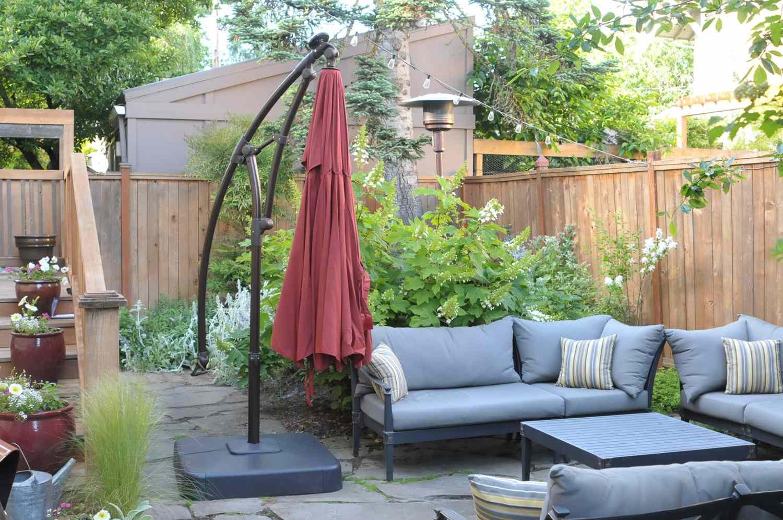 hampton bay 11 ft solar led offset outdoor patio umbrella
