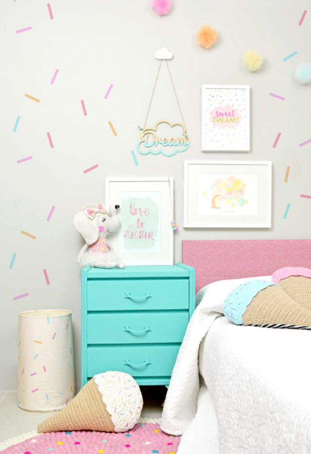 24 Wall Decor Ideas for Girls' Rooms on Room Decoration Girl  id=23157