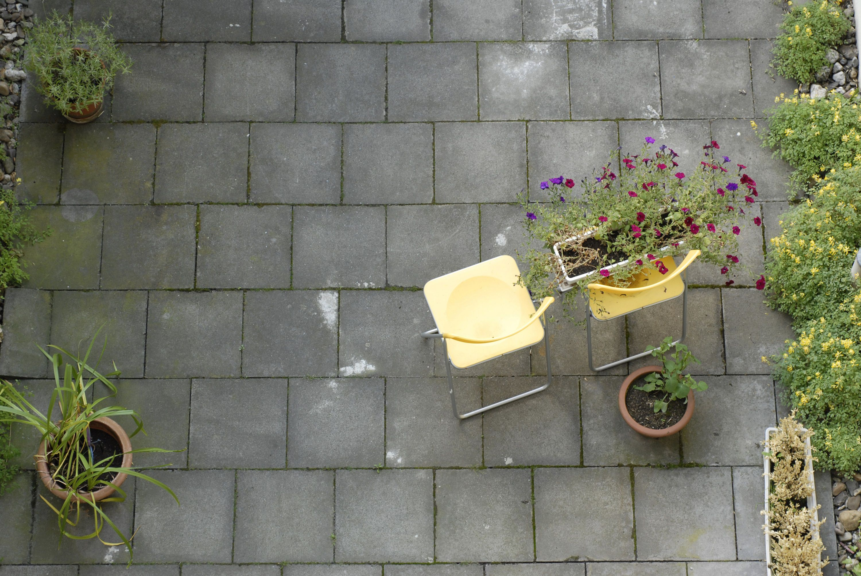 A Guide to the Most Popular Patio Materials on Red Paver Patio Ideas id=39873