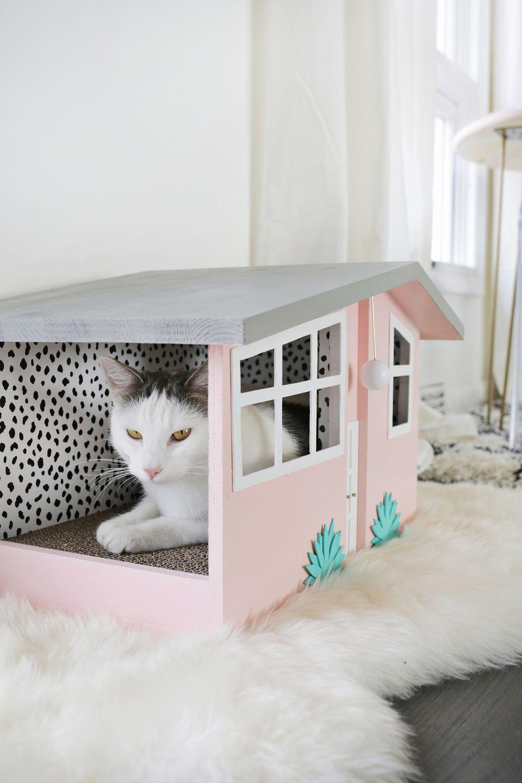 DIY Palm Springs Cat Scratch House