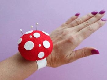 DIY Toadstool Wrist Pincushion