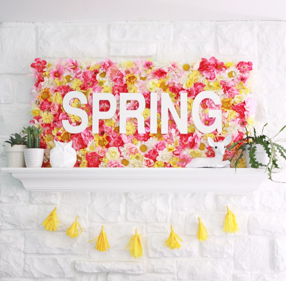 DIY Spring Floral Sign