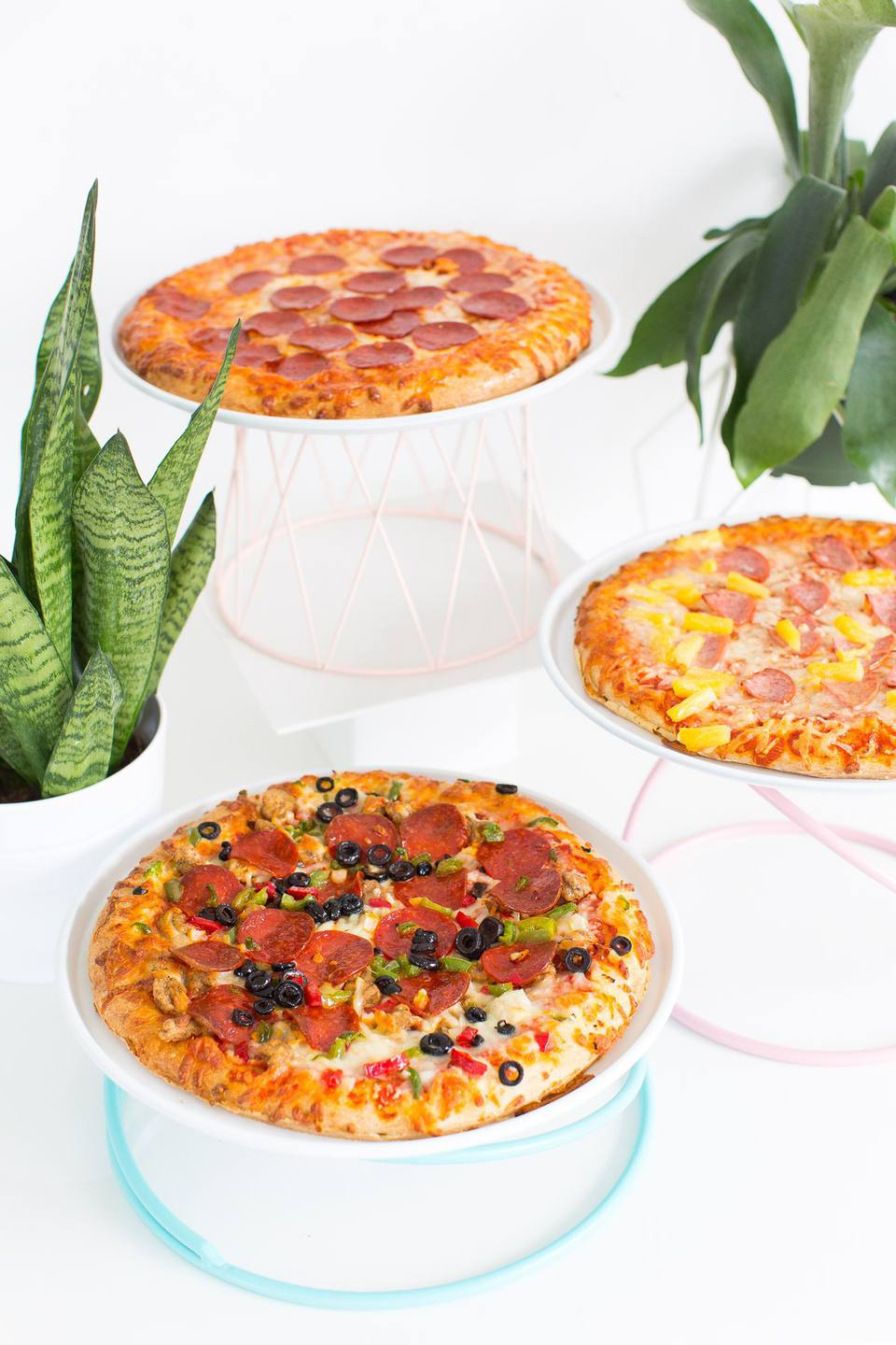 DIY Pizza Serving Trays