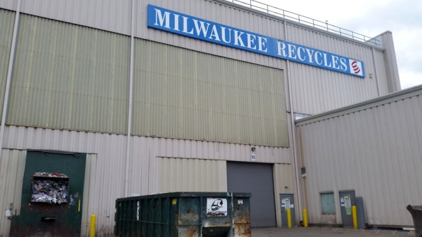 milwaukee-recyles-2-sd