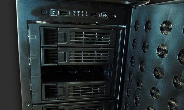 rosewill-rsv-l411-server-chassis-case-rackmount-front1
