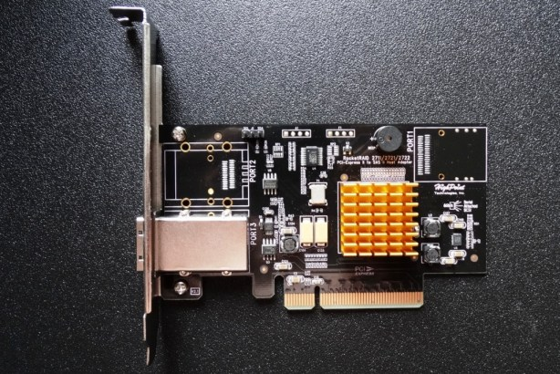 Highpoint RocketRAID 2711 PCIe Front