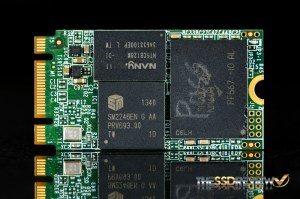 KINGMAX M.2 2242 128GB Components