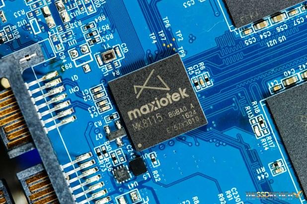 Maxiotek MK8115 Controller ES close up