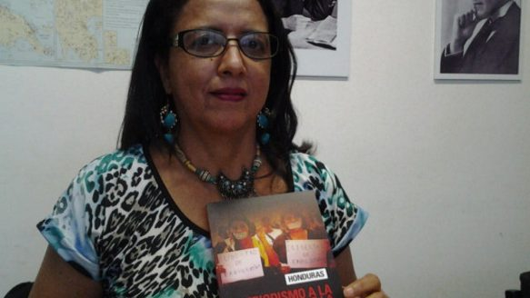 """Honduran journalist Dina Meza says criminals in her country """"have a free hand."""" A recent Canadian report, entitled Journalism in the Shadow of Impunity, examines attacks against the press in Honduras."""