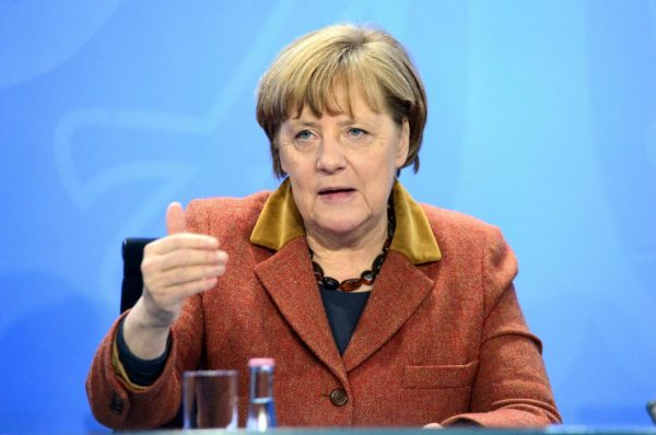 Germany's Angela Merkel, governors agree to push for ...