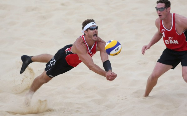 London 2012: Canadian beach volleyball duo beat Britain ...