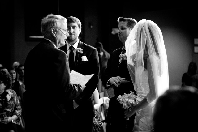 Beautiful black and white wedding, thestarlingsjourney.com