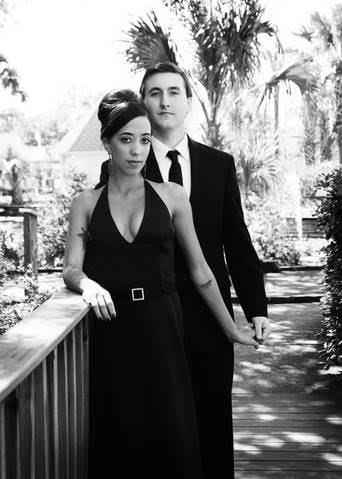 Unique Engagement photos- thestarlingsjourney.com