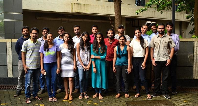 Group Of Investors 72