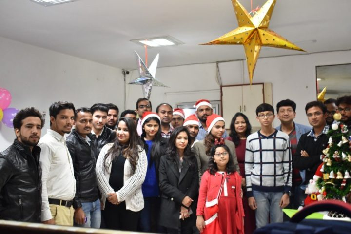 Christmas Celebration at Room Soom Team