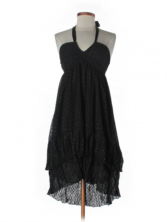Shop H&M on thredUP H&M  Cocktail Dress Women - Size 4 Retail Price $70.00 $16.49 76% off