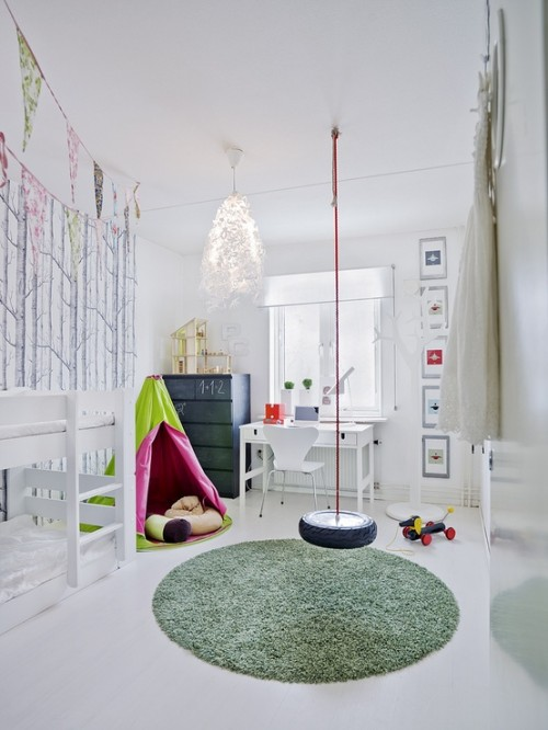10 beautiful kids bedrooms. Enjoy!