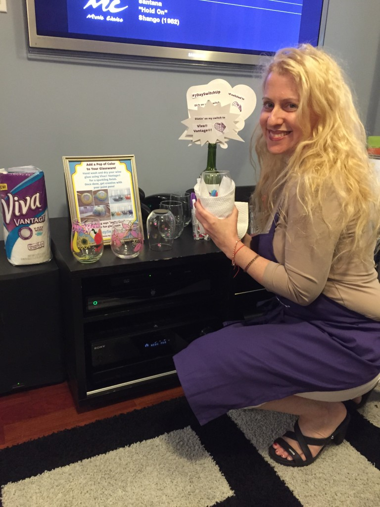 I also learned another cool way to attempt my Viva® Vantage® switch up -- use the cloth-like texture paper towels to dry glasses and other stemware for a sparkling finish. And at home I can attest to the fact that doing so leaves my stem ware streak-free!