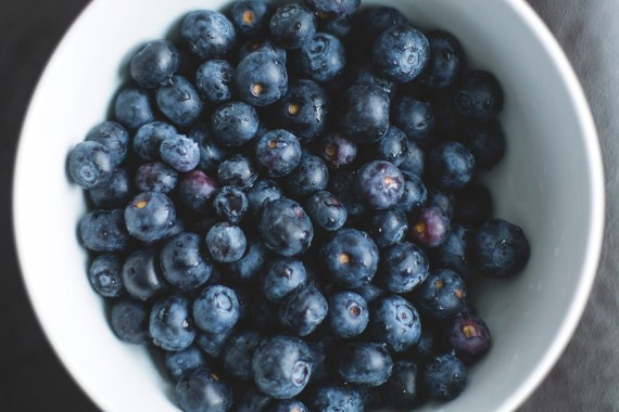 Strawberries, blueberries and cherries contain high levels of vitamin C, which can reduce free radical damage caused by exposure to UV radiation. Vitamin C also stimulates collagen production, important for skin's youthful appearance.