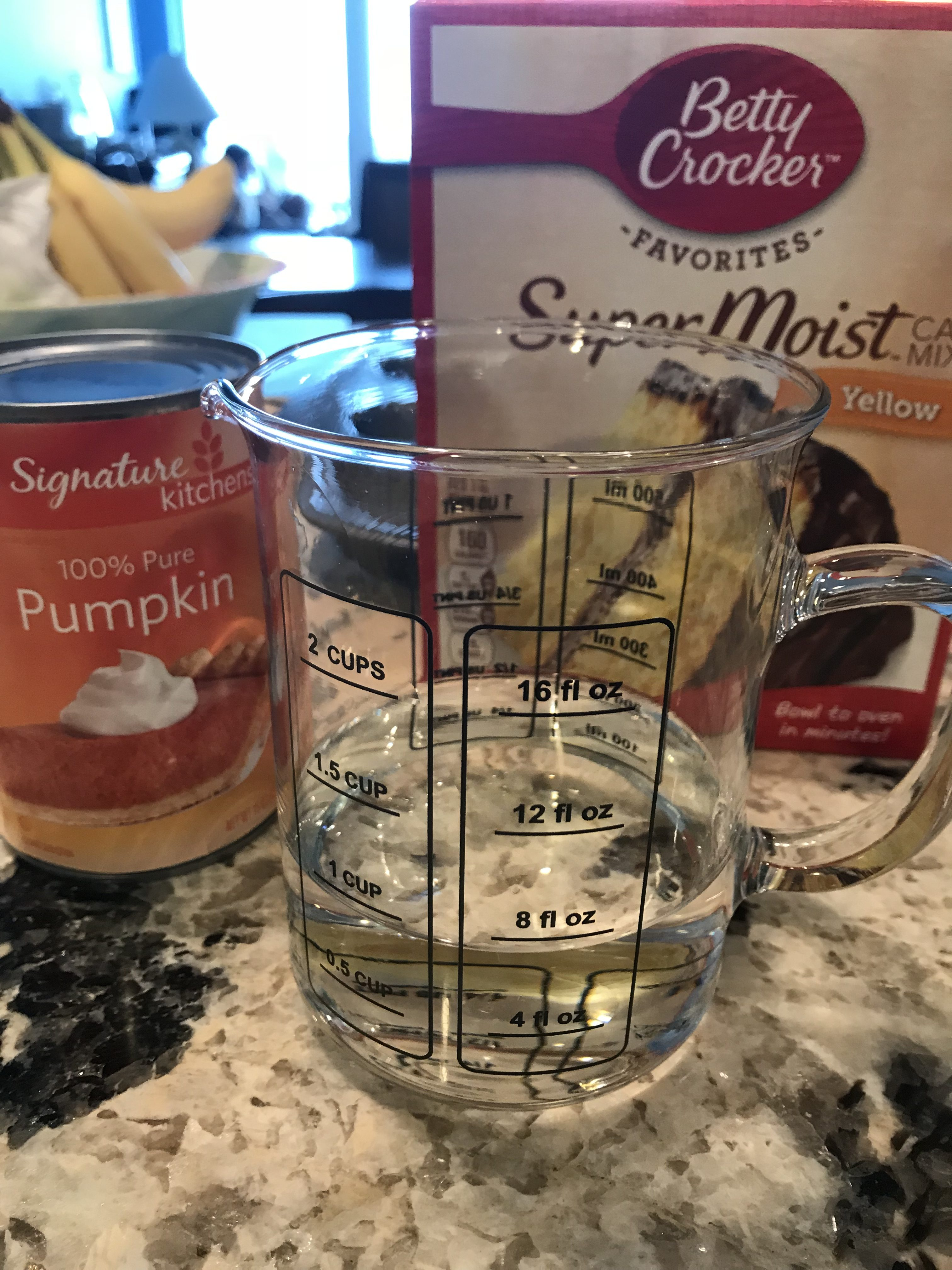 Tips For Throwing A Summer Friendsgiving For Your Kids and a Weight Watchers 3 Point Pumpkin Muffin Recipe.