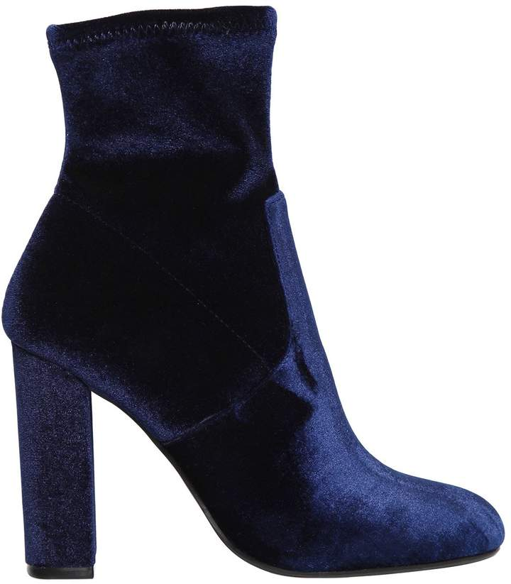 Loving these Steve Madden Navy Stretch Velvet Boots  they are EVERYTHING you need.
