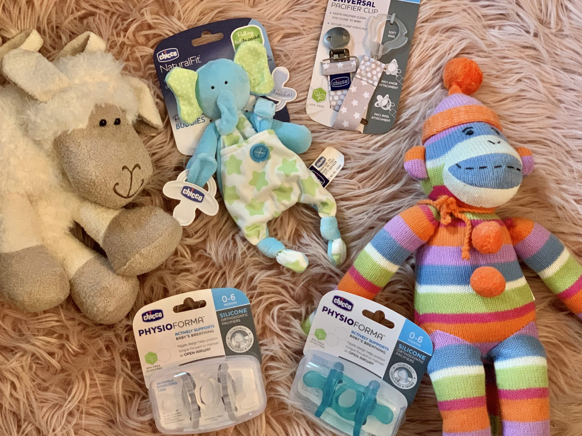 Tips for Choosing the perfect Pacifier and Bonding With your Baby