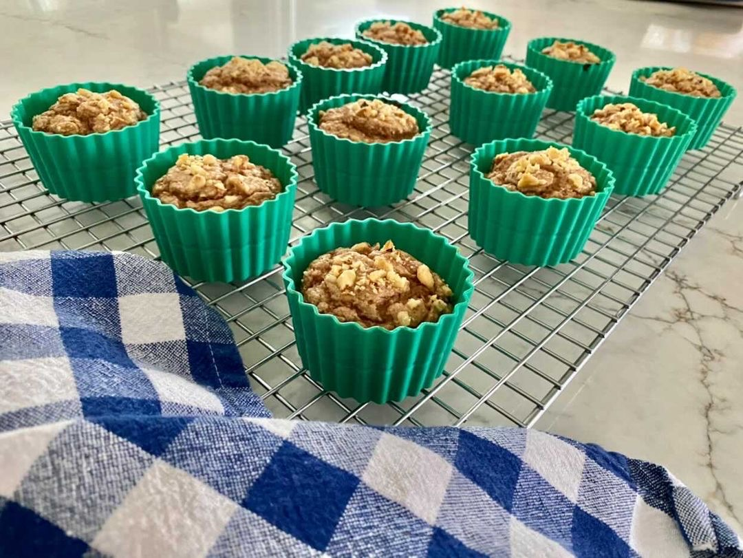 Hungry Girl's Banana Walnut Blender Muffins - Two points per Muffins on Weight Watchers Green
