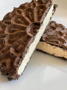 Peanut Butter & Chocolate Icebox Sandwich Four points each on all Weight Watchers Plans