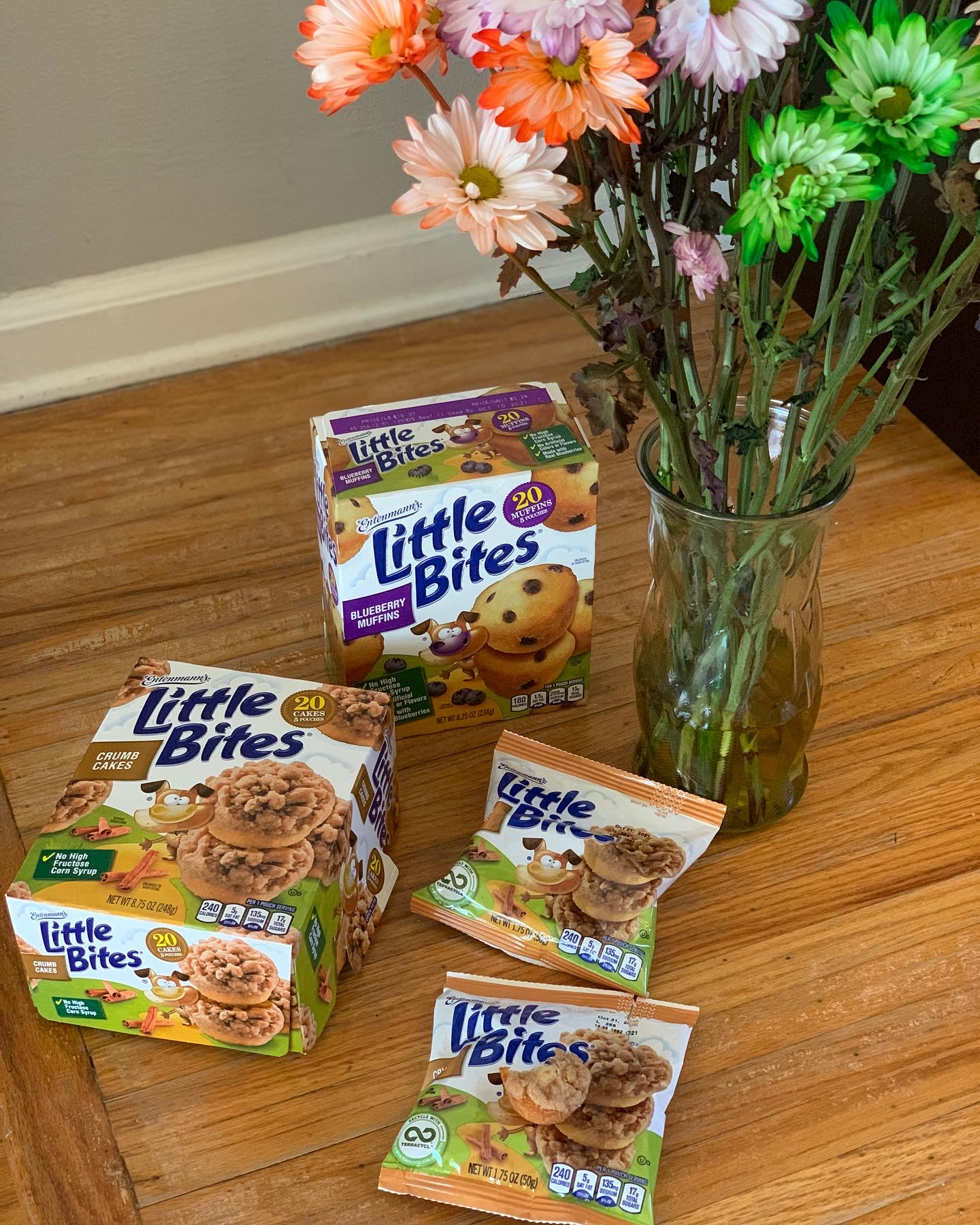 Celebrate Halloween with Muffin's Halloween Costume Contest and #LoveLittleBites