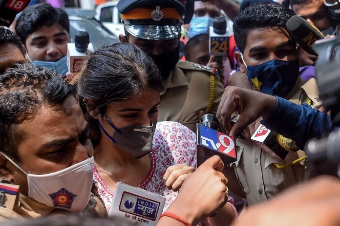 Rhea Chakraborty reaches NCB office in Mumbai, her lawyer says 'ready for  arrest'