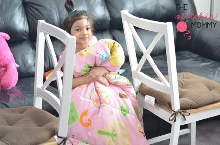 How to Build an Awesome Pillow Fort #PopSecretForts #spon | www.thestitchinmommy.com