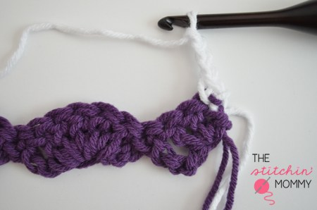 Let's Learn a New Crochet Stitch - Fancy Shells Stitch Tutorial | www.thestitchinmommy.com #crochet #shells #fancy #stitch #tutorial
