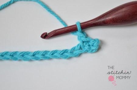Let's Learn a New Crochet Stitch! - Sand Stitch Tutorial | www.thestitchinmommy.com