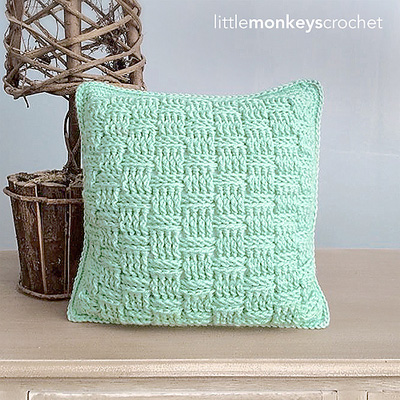 22 free crochet pillow patterns that are perfect for decorating your basketweave pillow little dt1010fo